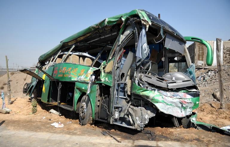 高清:山西临汾发生重大交通事故致12人死16人